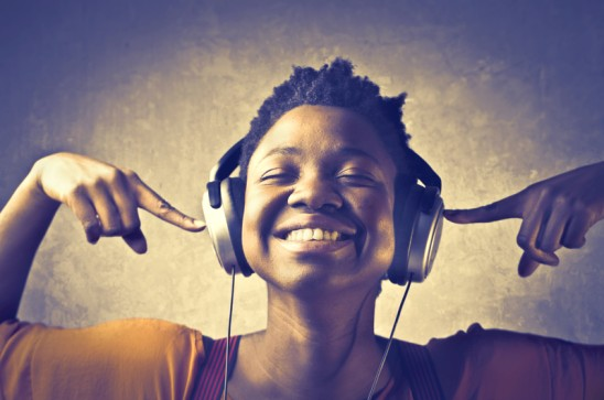 Want People to Cooperate? Play Happy Music!
