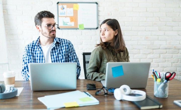 What to Do When You Have a Coworker You Don't Like